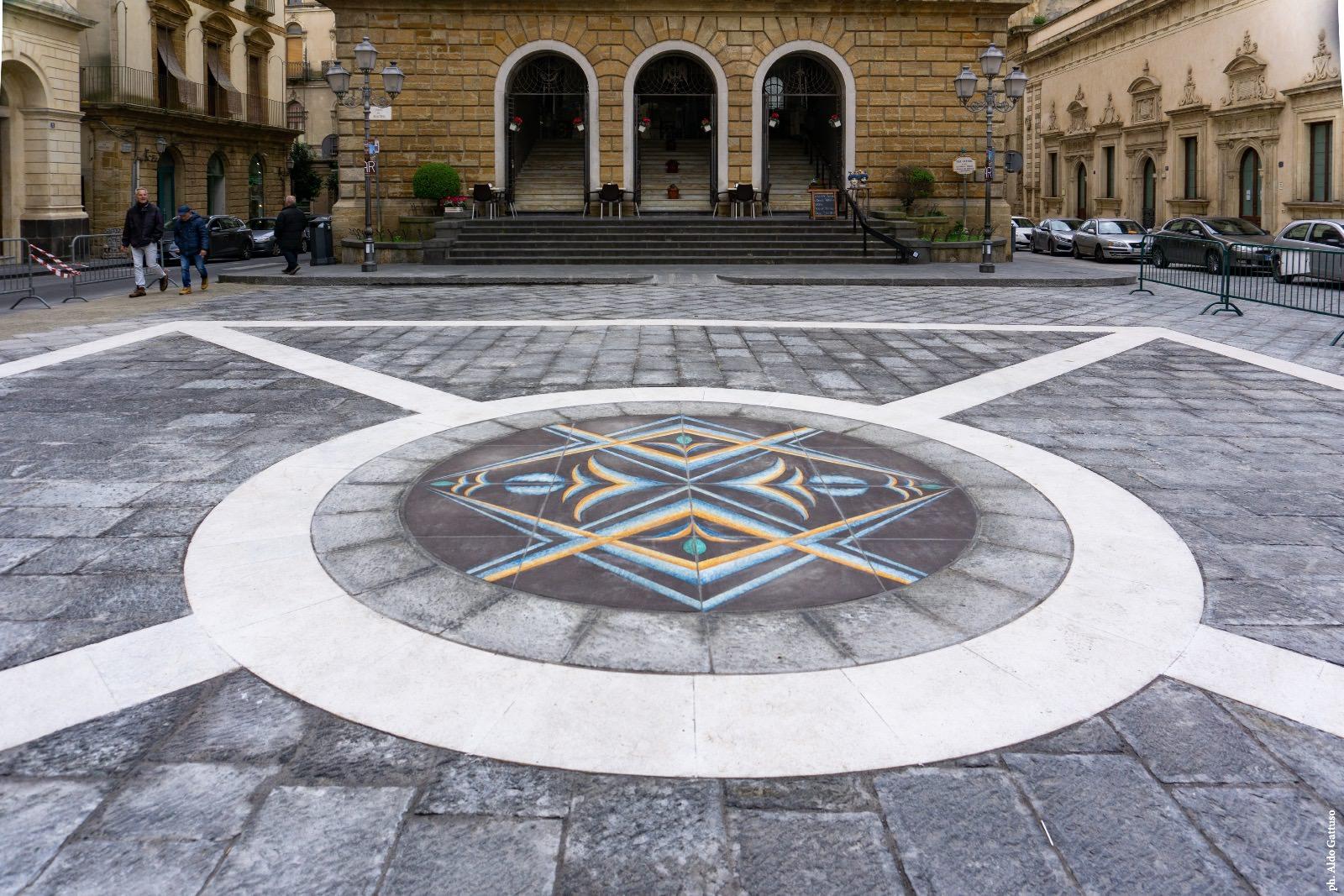 madeamano-work-2020-02-Caltagirone-piazza-municipio-02